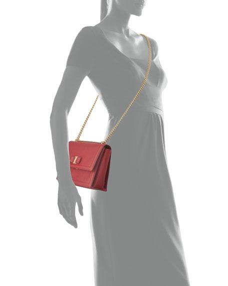 Medium Vara Shoulder Bag