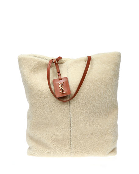 GENUINE SHEARLING SHOPPING TOTE - IVORY