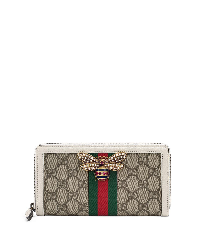 7c29fcbacb7 Gucci Queen Margaret GG Supreme Wallet