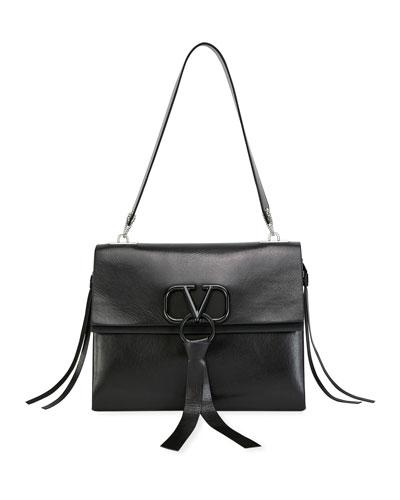 V Ring Medium Vitello Luxe Shoulder Bag