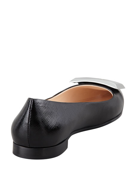 Cutout-Buckle Point-Toe Ballerina Flat