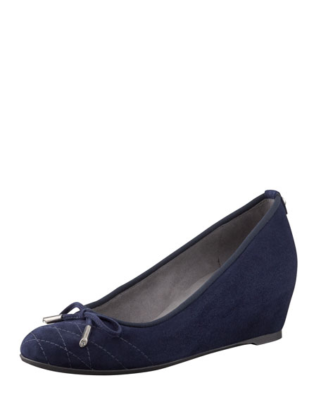 Quilty Stitched-Toe Bow Wedge Pump, Nice Blue