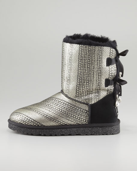 f4636f7b3d3 Holiday Bailey Bow-Back Short Boot Black