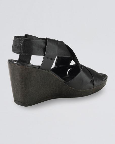 Air Dinah Strappy Sandal, Black