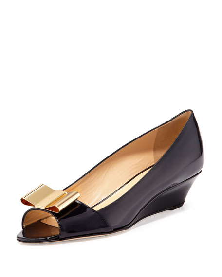 theresa patent peep-toe bow wedge