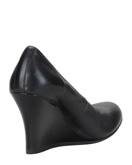 Ballerina Wedge Pump, Black