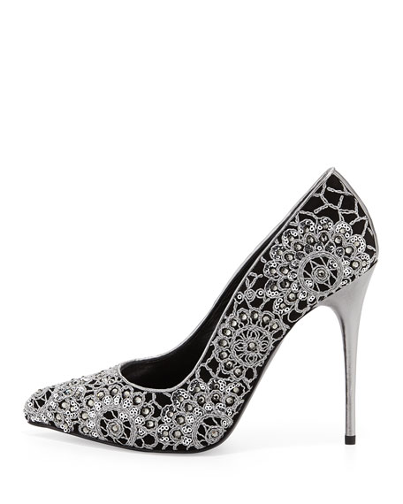 Crochet Embroidered Velour Pump, Black
