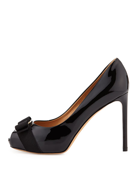 Peep-Toe Bow Pump, Nero