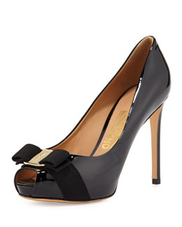 Salvatore Ferragamo Plum Peep-Toe Bow Pump, Nero