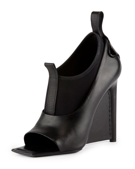 Neoprene and Leather Wedge Sandal, Noir