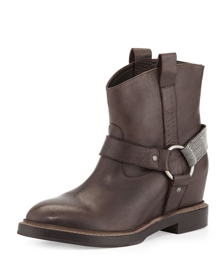 Hidden-Wedge Harness Boot