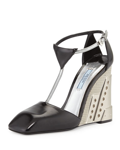Two-Tone Molded T-Strap Wedge, Black/Silver (Nero/Argento)