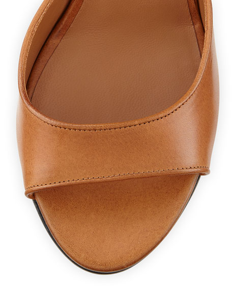 Leather Shark-Lock Sandal, Tan