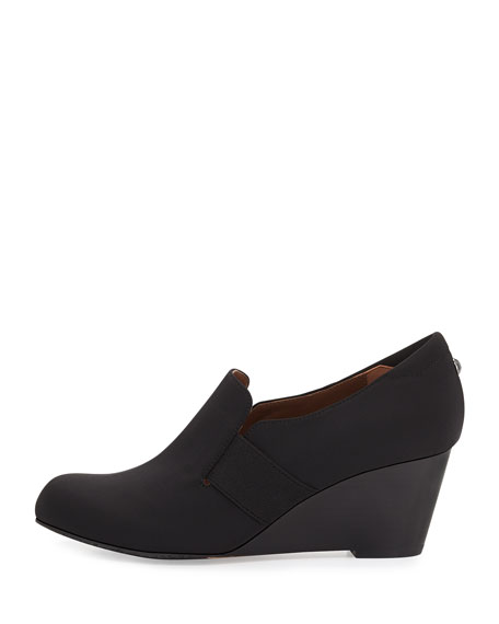 Nyle Stretch Crepe Wedge
