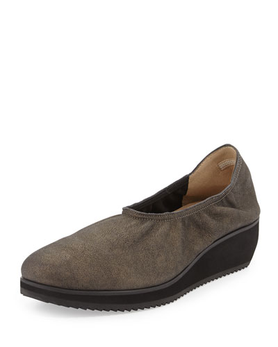 Mellow Leather Slip-On Flat, Mica