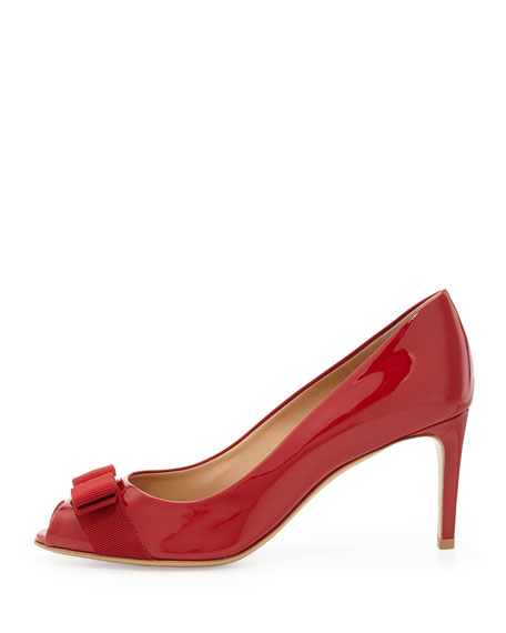 Patent Peep-Toe Bow Pump, Rosso