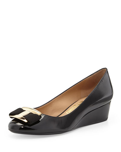 Salvatore Ferragamo Ninna Patent Leather Bow Wedge, Nero