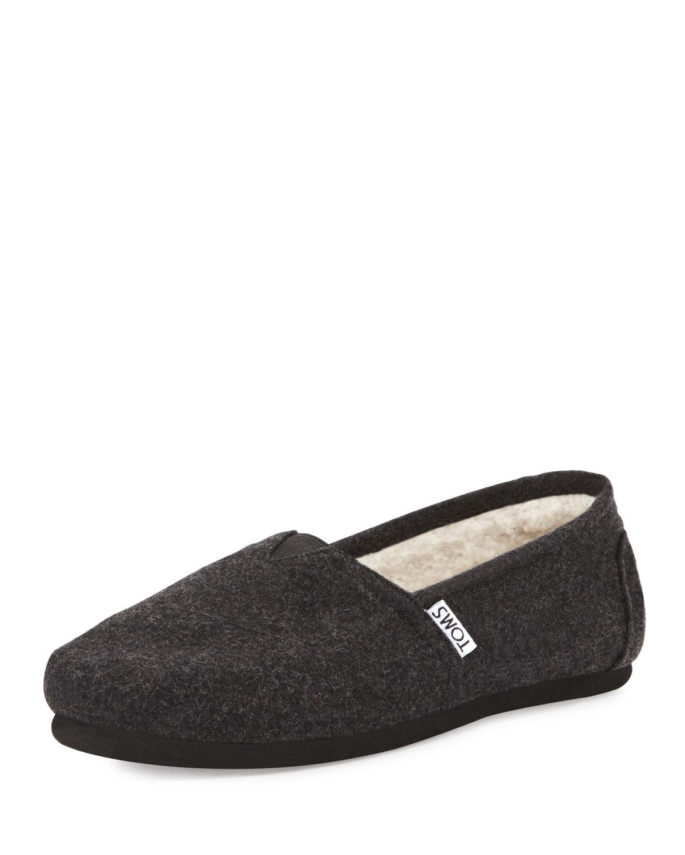 b6355af8e73 TOMS Classic Wooly Fleece-Lined Slip-On