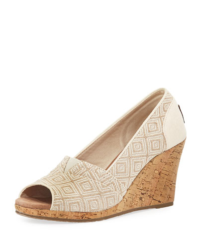 Woven Diamond Classic Wedge, Natural