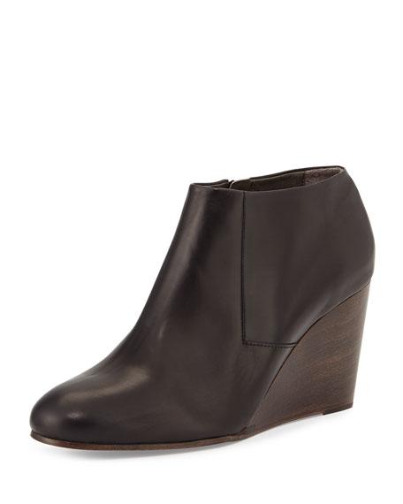 Coclico Elurra Leather Wedge Bootie, Black