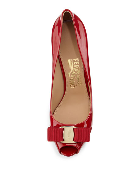Plum Patent Peep-Toe Bow Pump, Red (Rosso)