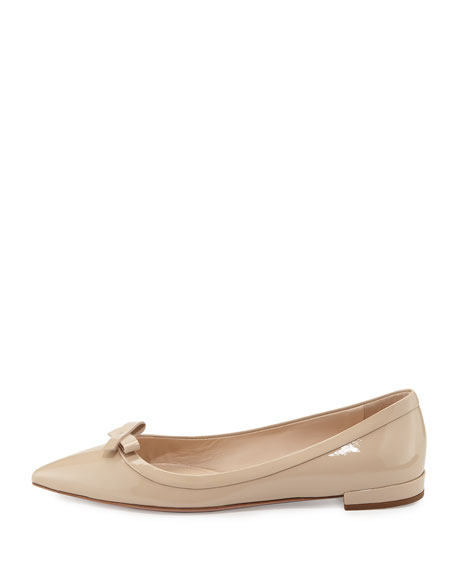 Vernice Pointed-Toe Bow Skimmer Flat, Travertino