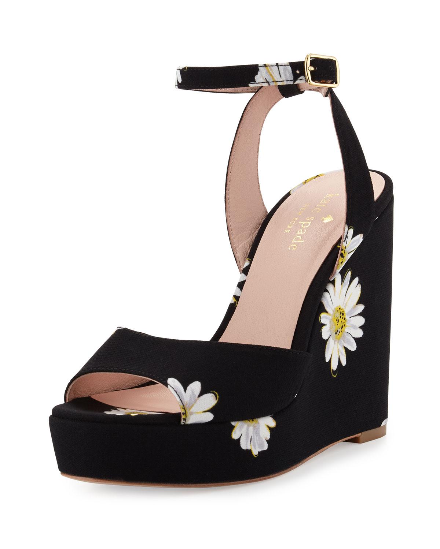 49215e0299ee kate spade new york dellie daisy-print wedge sandal