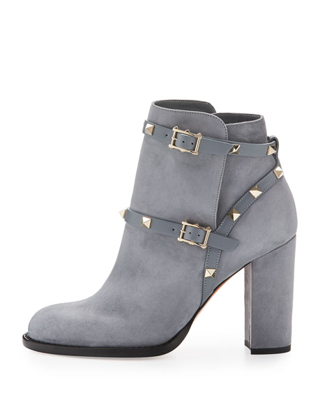 Rockstud Suede 100mm Chunky-Heel Bootie, Light Gray