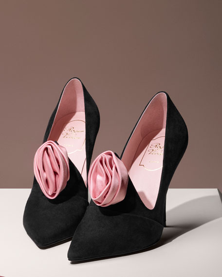 Rosette Suede 100mm Pump, Black/Pink