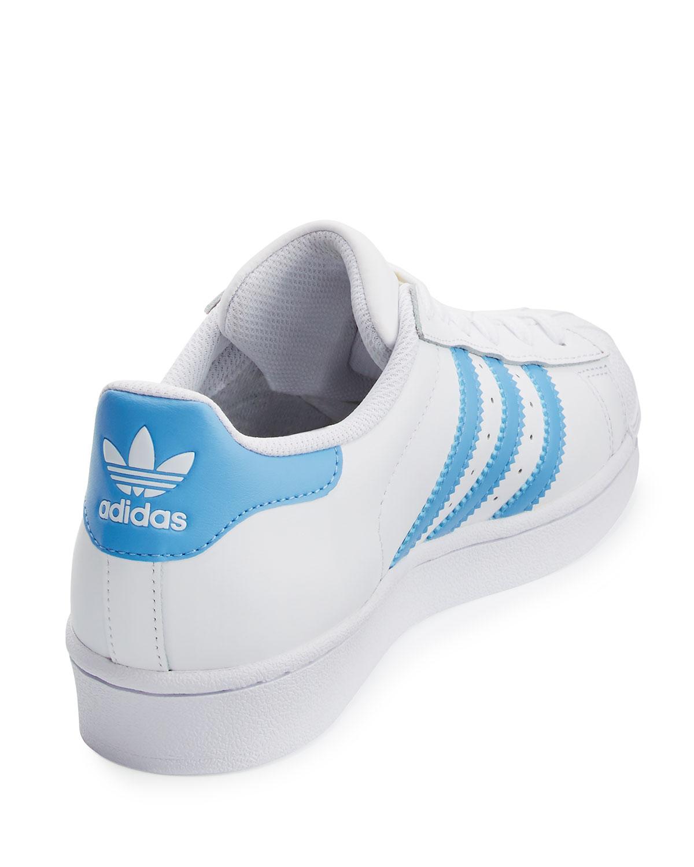 adidas superstar originale della scarpa, bianco / blu neiman marcus