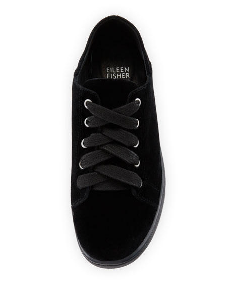 Clifton 3 Velvet Lace-Up Low-Top Sneakers
