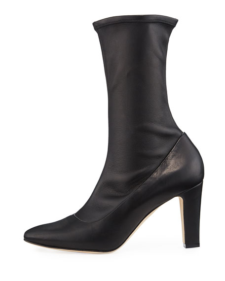 Todi Fitted Leather Ankle Boots