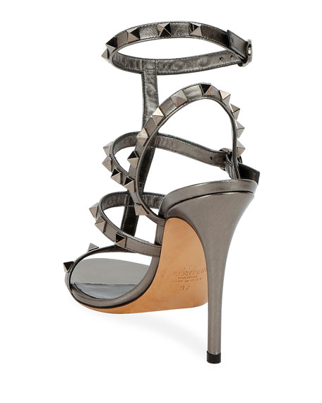 Valentino Garavani Rockstud Metallic Leather T-Strap 105mm Sandals
