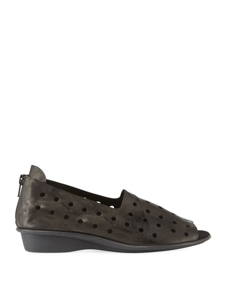 Image 2 of 3: Sesto Meucci Edwina Perforated Comfort Sandals