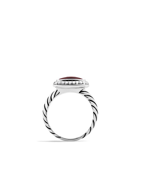 Noblesse Ring with Garnet and Diamonds