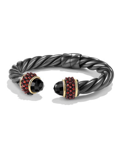 Bracelet with Black Onyx, Garnet and 18k Gold