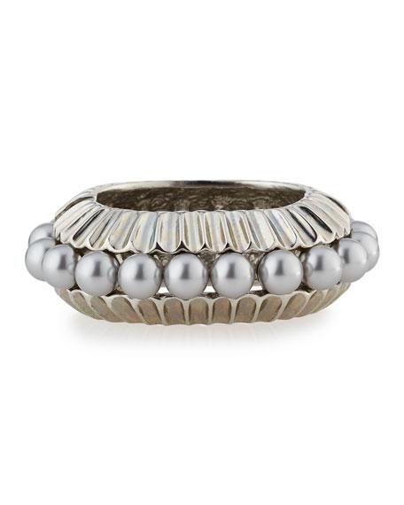 Oscar de la Renta Bold Pearly Bangle Bracelet