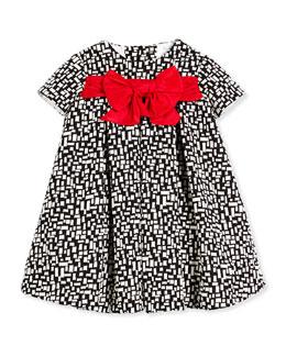 Short-Sleeve Pleated Grid-Print Dress, Black/White, Size 4-6