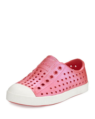 Jefferson Waterproof Iridescent Low-Top Shoe, Red/White, Youth