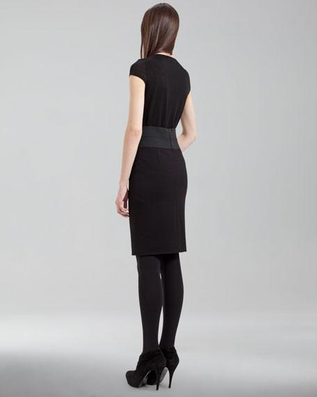 Elastic-Banded Pencil Skirt