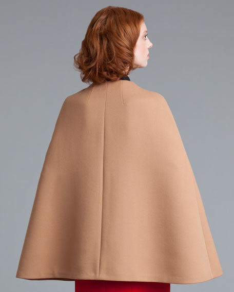 Tricotine Pocket Cape