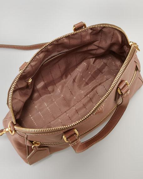 Globetrotter Calamity Bowler Bag, Praline