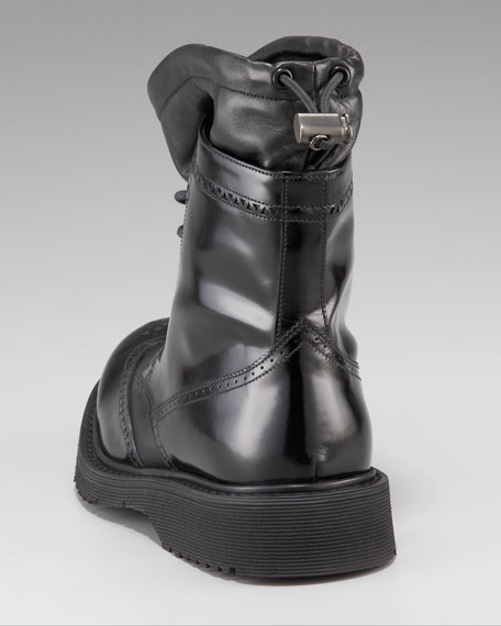 Wing-Tip Boot