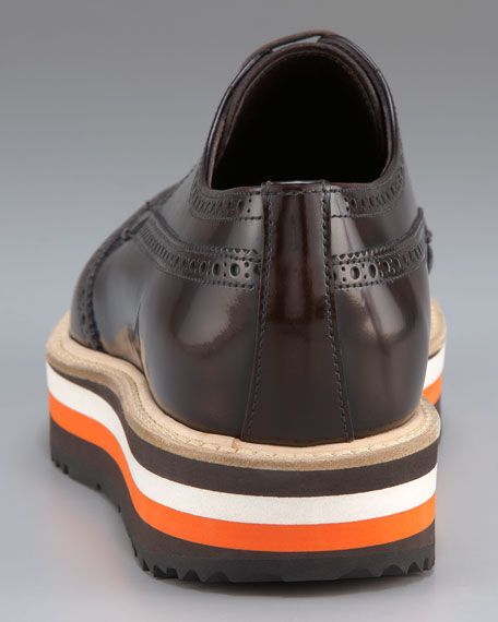 Wing-Tip Oxford with Colored Micro-Sole