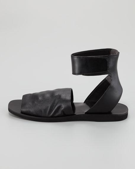 Sadie Flat Grip Strap Sandal