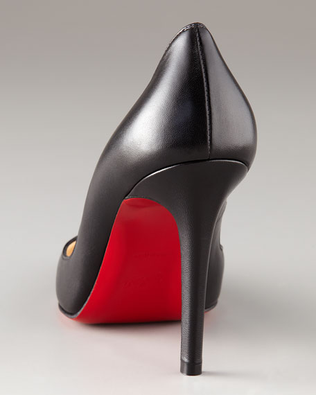 Pointed-Toe Black Leather Pump