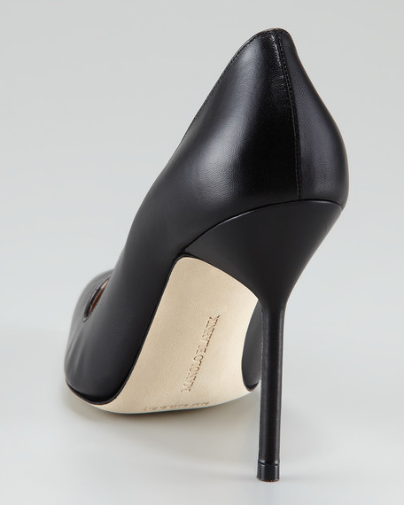 BB Pointed Toe Pump