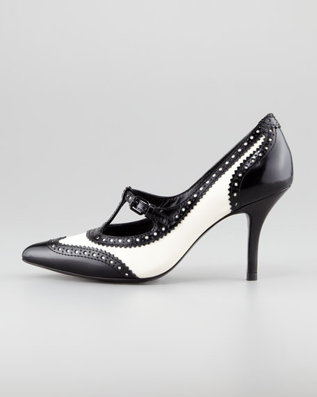 Everly Spectator Pump