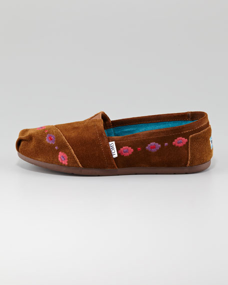 Yuma Embroidered Slip-On