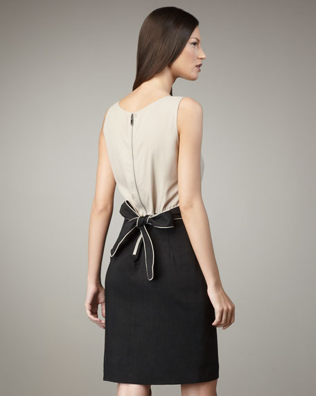Back-Bow Contrast Dress